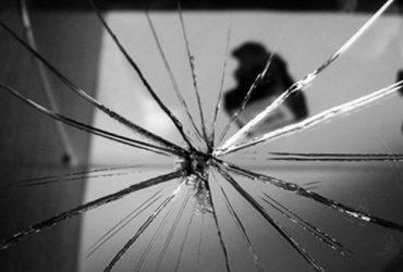 Nằm mơ thấy gương vỡ có phải là điềm xấu hay không?